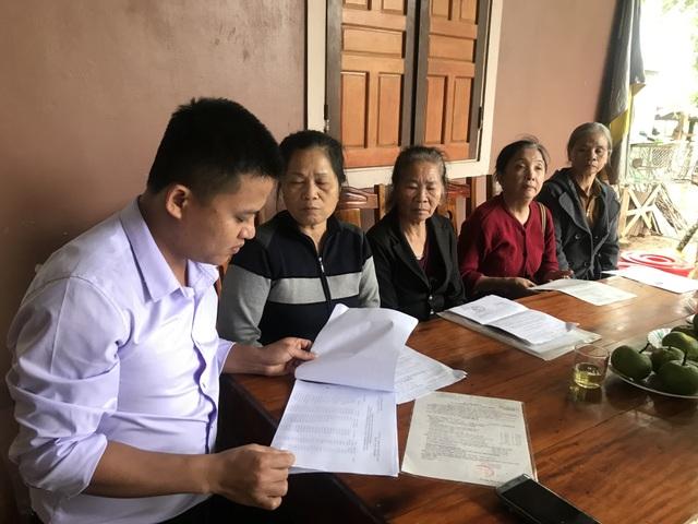 Cả trăm giáo viên cầu cứu mong được trả tiền trợ cấp thâm niên tại Nghệ An - 1