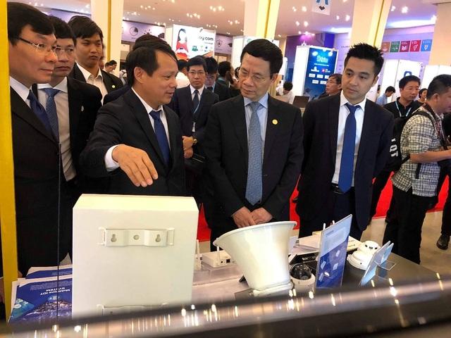 MobiFone giới thiệu các giải pháp 4.0 cho doanh nghiệp ASEAN - 1