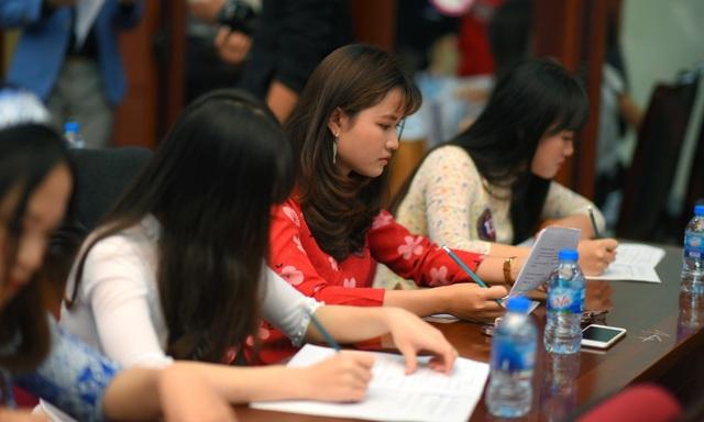 Rạng rỡ nhan sắc thí sinh tham dự cuộc thi Đại sứ Thiện chí Hoa Anh Đào 2019 - 7