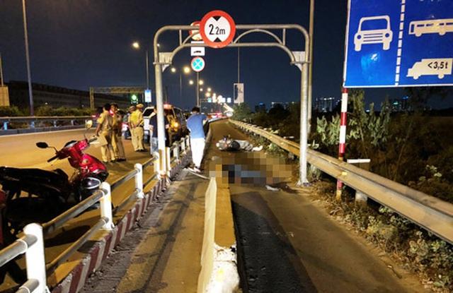 Lại tai nạn chết người vì lao vào dải phân cách trên cao tốc TPHCM - Long Thành - Dầu Giây - 3