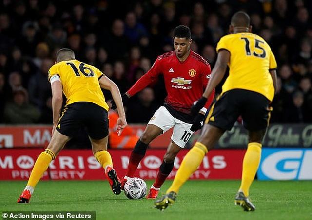 Wolves 2-1 Man Utd: Quỷ đỏ chia tay FA Cup - 1