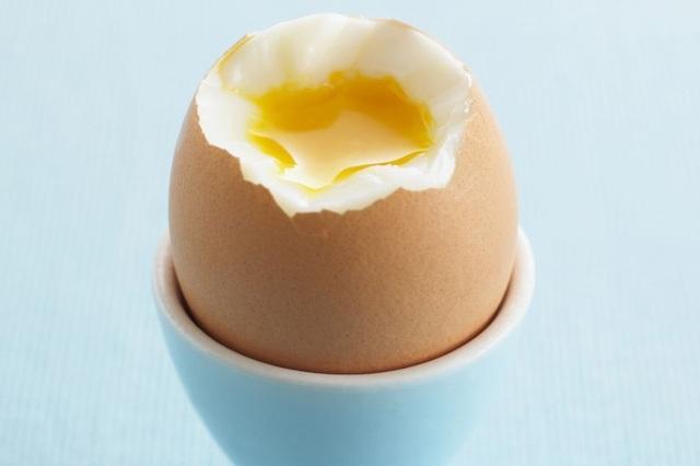 Ăn ba quả trứng một tuần làm tăng nguy cơ mắc bệnh tim - 1