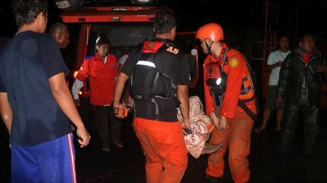 Lũ quét kinh hoàng tại Indonesia, ít nhất 63 người thiệt mạng - 8
