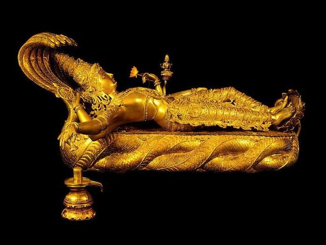 Phát hiện kho báu trị giá hàng tỷ đô la tại một ngôi đền ở Ấn Độ - 4