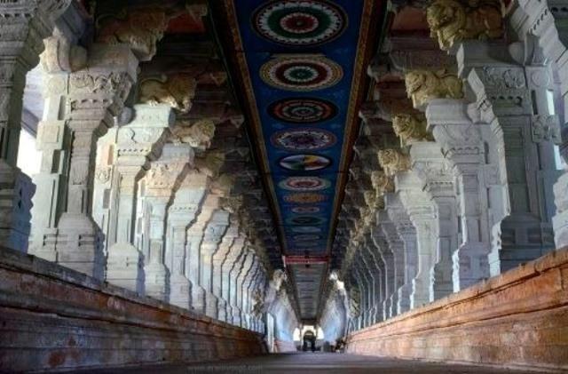 Phát hiện kho báu trị giá hàng tỷ đô la tại một ngôi đền ở Ấn Độ - 5