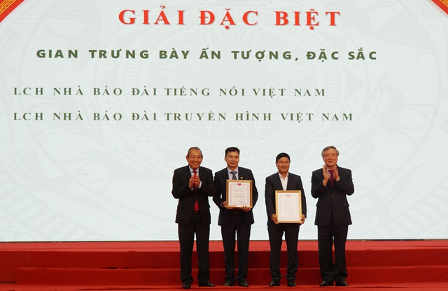 New Day Three newspapers received the B prize in national newspapers 2019 - 3