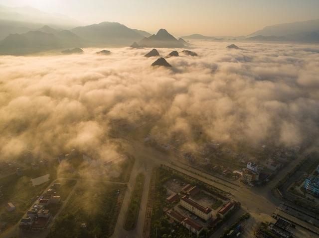 Tác phẩm của nhiếp ảnh gia người Việt lọt top 12 bức đẹp nhất trên National Geographic - 8