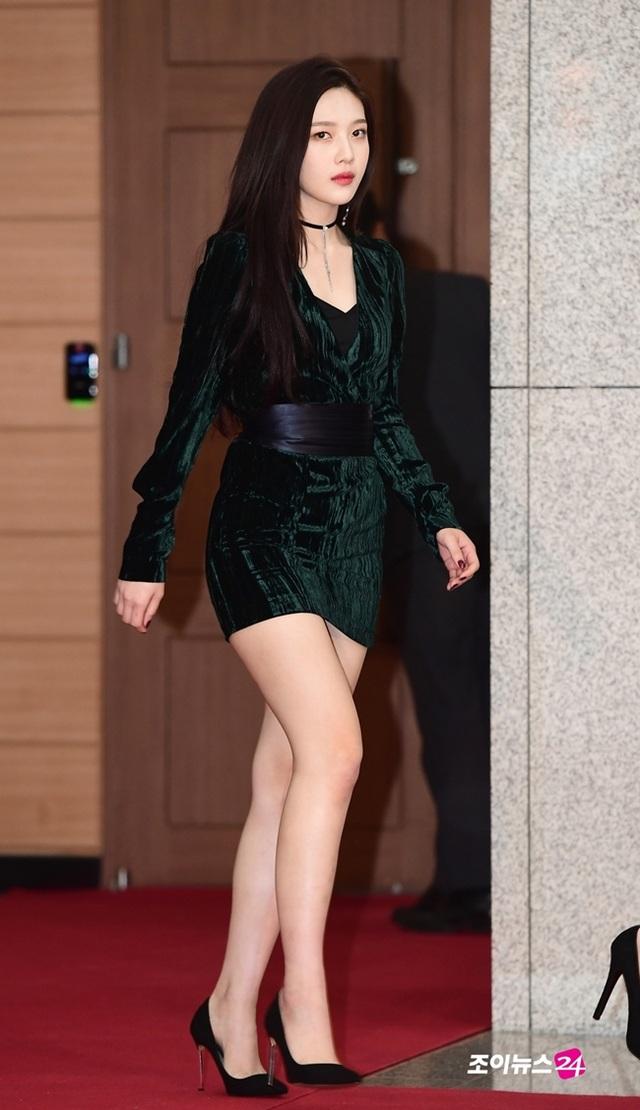 2 trong số 3 nữ thần thế hệ mới Hàn Quốc đẹp vượt chuẩn nhờ mũm mĩm - 9