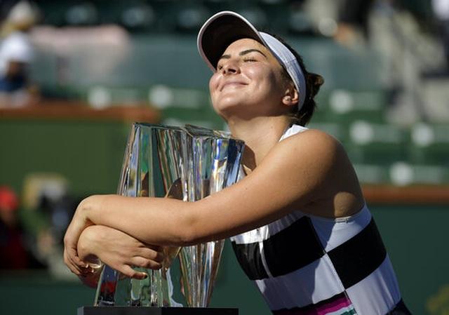 Tay vợt nữ 18 tuổi bất ngờ vô địch Indian Wells - 1
