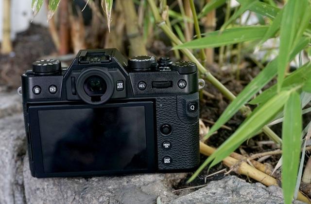 Trên tay Fujifilm X-T30, bản rút gọn của X-T3 giá 21,6 triệu đồng - 2