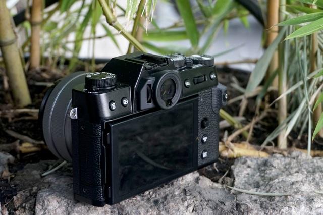 Trên tay Fujifilm X-T30, bản rút gọn của X-T3 giá 21,6 triệu đồng - 3