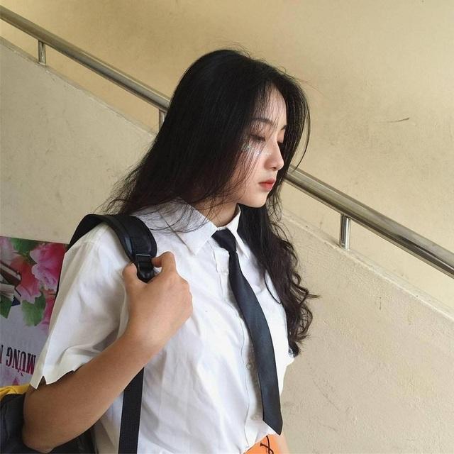Nữ sinh Đà Nẵng bất ngờ nổi tiếng với bức ảnh tham gia hội thao - 6