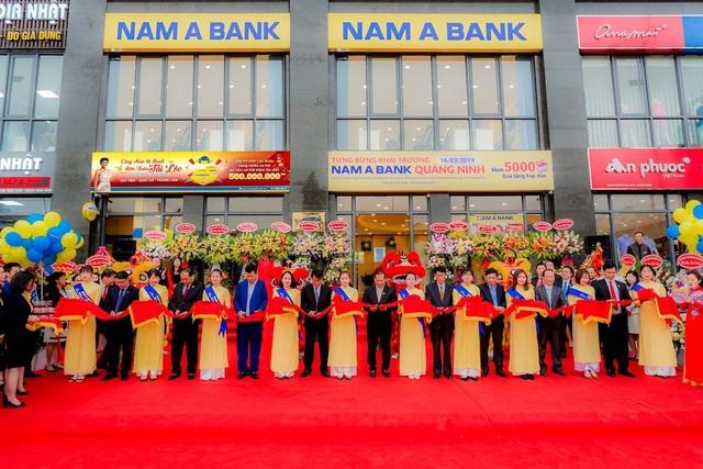 Nam A Bank khai trương chi nhánh đầu tiên tại Quảng Ninh 1.jpg