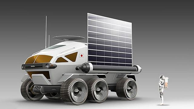 """Toyota ra mắt xe tự lái """"minibus"""" cho các phi hành gia trên Mặt Trăng - 1"""