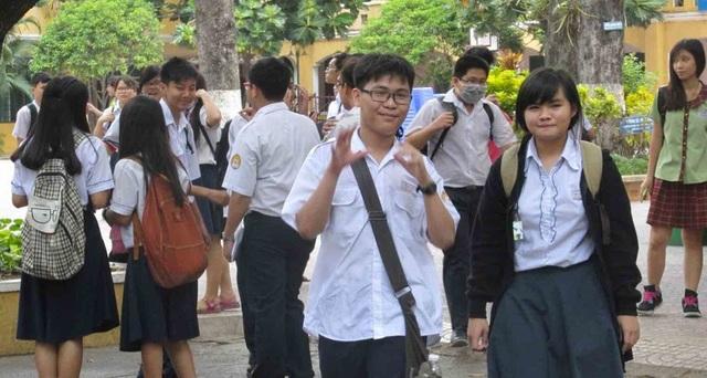 Tuyển sinh lớp 10 THPT 2019-2020: Băn khoăn ngã rẽ - 1