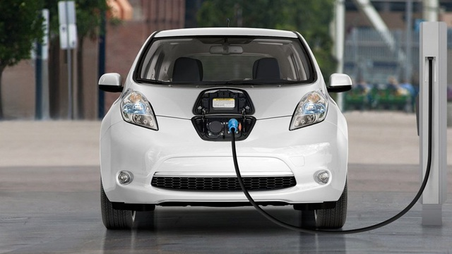 Đề xuất biệt đãi thuế nhập cho linh kiện sản xuất, lắp ráp xe ô tô điện nội địa - 1