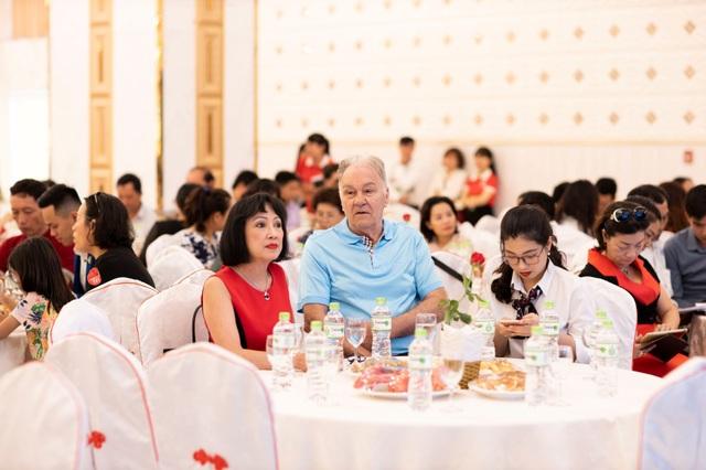Gần 400 khách hàng tham dự lễ mở bán TMS Hotel Quy Nhon Beach