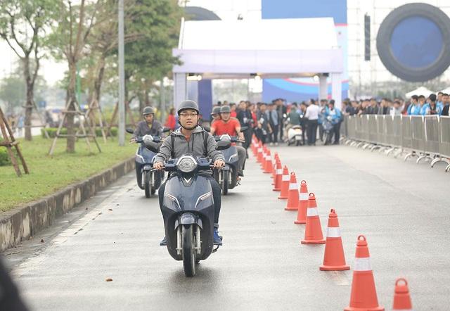 3500 sinh mạng – cuộc vận động vì ATGT lớn nhất thế giới đã đến Việt Nam 7.jpg