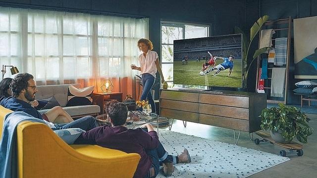 Người mua tivi tránh Tết, chờ đợt ưu đãi khủng từ nhãn hàng - 3
