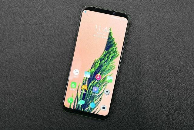 Xiaomi ra smartphone chơi game Black Shark 2 với màn hình cảm ứng lực - 3