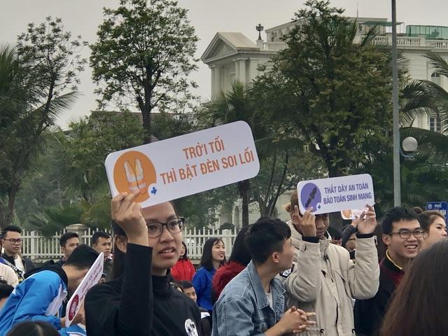 Phó Thủ tướng: Thiệt hại do TNGT tại Việt Nam cao hơn nhiều nước - 3