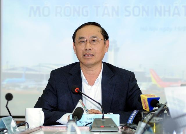 """Nguy cơ """"đóng băng"""" sân bay lớn nhất Việt Nam vì quá tải nghiêm trọng - 2"""