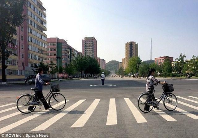 """Cơn """"sốt"""" Triều Tiên: Kín chỗ đặt, khách Việt mạnh tay chi hàng chục triệu mua tour - 4"""