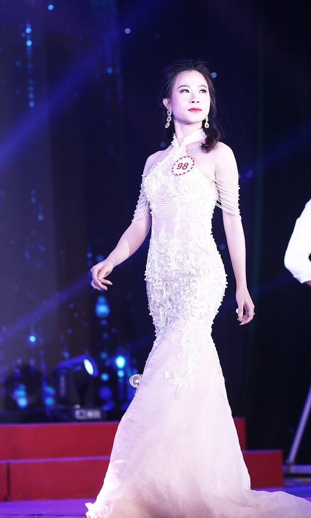 Nữ sinh biên đạo múa đăng quang Hoa khôi ĐH Văn hóa - 10