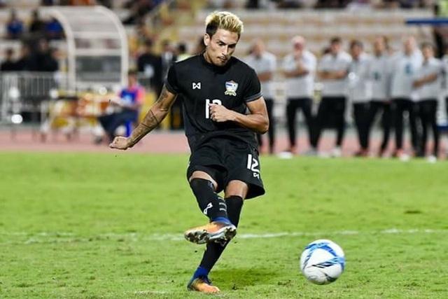 U23 Thái Lan mất hậu vệ số 1 vào phút cuối do chấn thương - 1