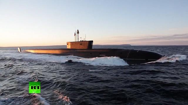 """Video Nga thử nghiệm tàu ngầm """"khủng"""" có thể mang 160 đầu đạn hạt nhân - 1"""