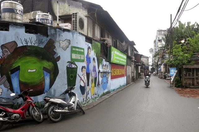 Hàng loạt tranh tường chống bãi rác tự phát bừa bãi ở Hà Nội - 1