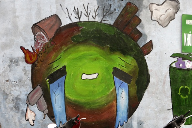 Hàng loạt tranh tường chống bãi rác tự phát bừa bãi ở Hà Nội - 3