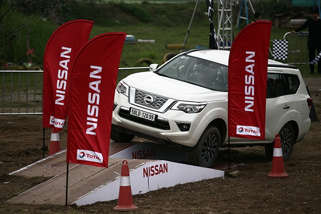 Nissan Terra - Đối thủ đáng gờm ở phân khúc SUV 7 chỗ - 1