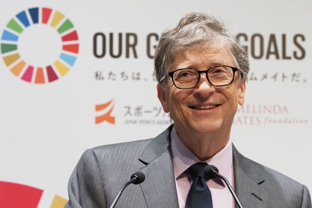 Tài sản của tỷ phú Bill Gates lại chạm mốc 100 tỷ USD - 1