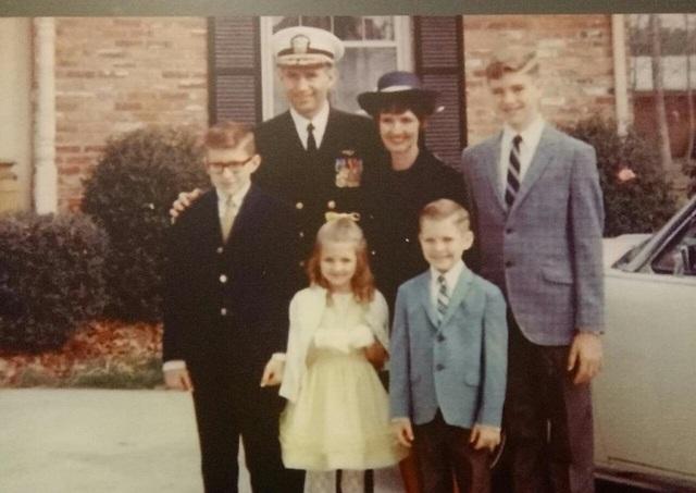 Cha tôi đã trở về bằng sự nhân đạo của người Việt Nam - 1