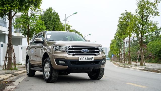 Ford Everest Ambiente - Bạn đồng hành lý tưởng trên mọi nẻo đường - 1