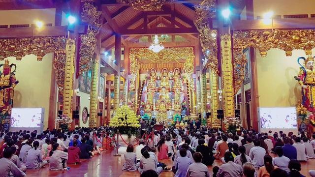 """Sáng nay Uông Bí họp báo vụ """"thỉnh vong báo oán"""" tại chùa Ba Vàng - 2"""