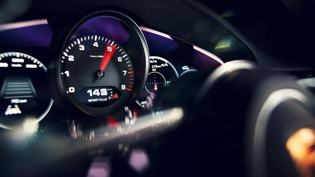 Porsche Cayenne Coupe chính thức trình làng - 12