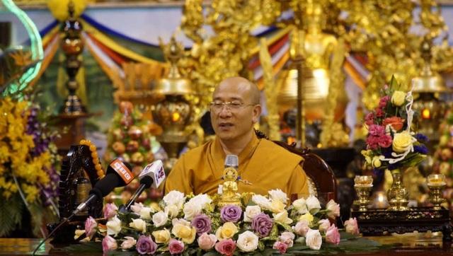 """Sáng nay Uông Bí họp báo vụ """"thỉnh vong báo oán"""" tại chùa Ba Vàng - 3"""