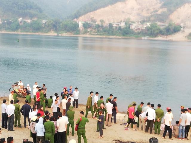 Vụ 8 học sinh chết đuối trên sông Đà: Nghỉ học vì trường thi giáo viên dạy giỏi - 1
