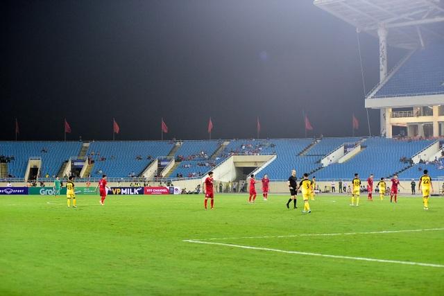Sân Mỹ Đình vắng khán giả trong ngày U23 Việt Nam thắng U23 Brunei - 7