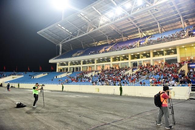 Sân Mỹ Đình vắng khán giả trong ngày U23 Việt Nam thắng U23 Brunei - 4