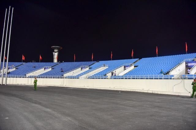 Sân Mỹ Đình vắng khán giả trong ngày U23 Việt Nam thắng U23 Brunei - 11