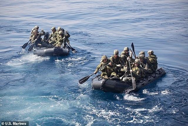 Mỹ tập trận chiếm đảo đề phòng Trung Quốc cứng rắn trên Biển Đông - 4