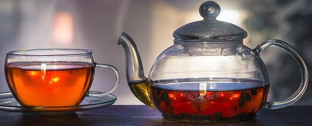 Uống trà quá nóng làm tăng nguy cơ ung thư thực quản - 1
