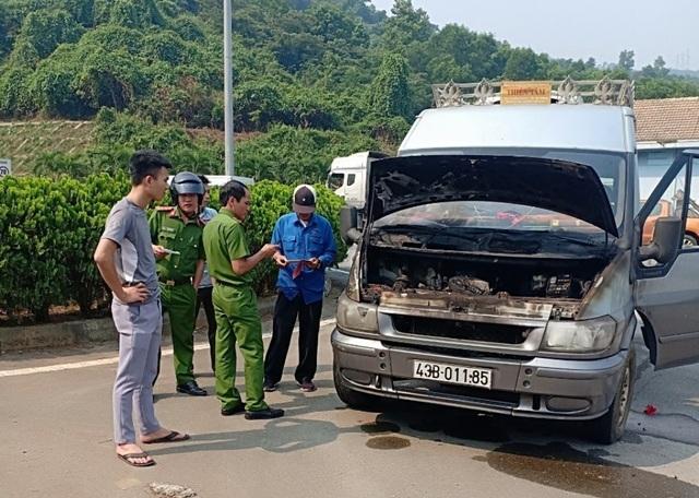 Xe tang bốc cháy trong hầm Hải Vân - 4