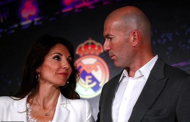 HLV Zidane hạnh phúc kỷ niệm đám cưới bạc cùng bà xã xinh đẹp - 2