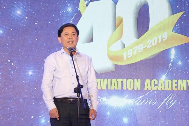 Bộ trưởng Nguyễn Văn Thể: Đào tạo ra con người tốt trước rồi mới tới chuyên môn - 1