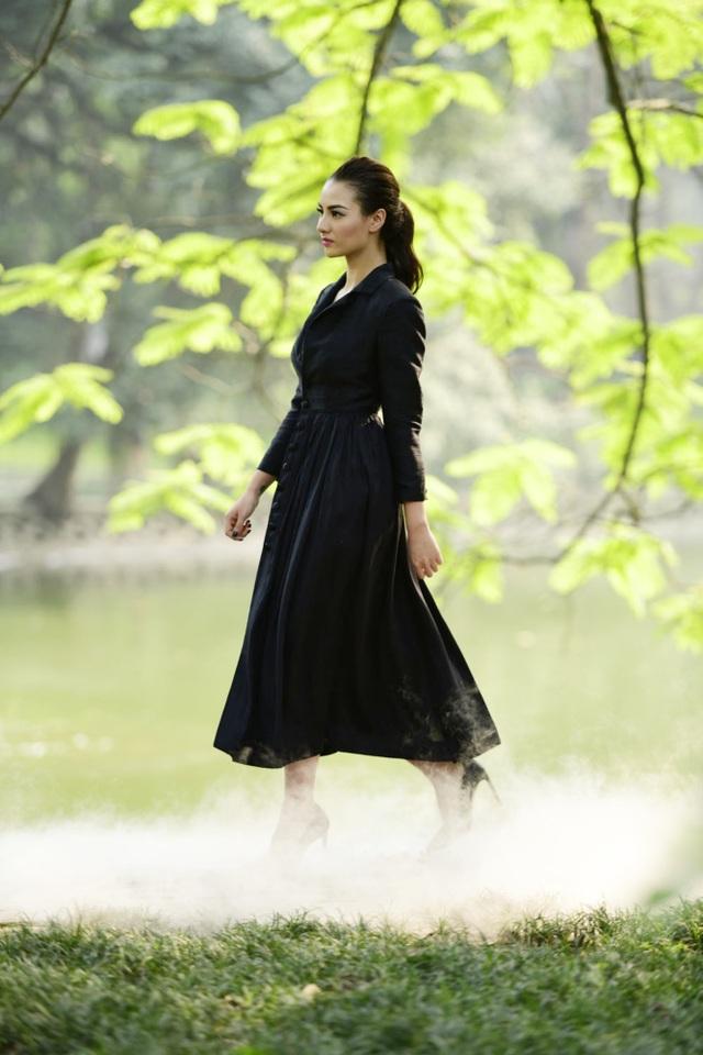 Chiêm ngưỡng lụa tơ tằm cao cấp đắt nhất Bảo Lộc biến hoá trong thời trang Thu - Đông - 7