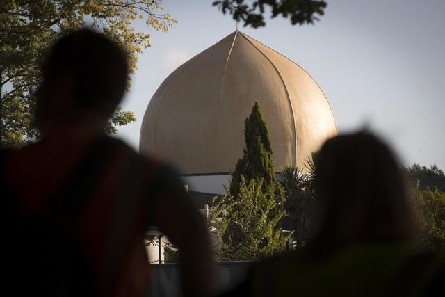 Tay súng tại New Zealand dính dáng tới nhóm thượng đẳng da trắng ở Ukraine - 1
